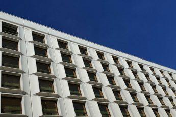 fasada budynku, Jak napisać ogłoszenie o sprzedaży mieszkania